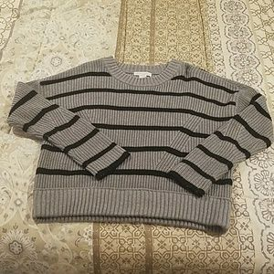 Design History sweater size M